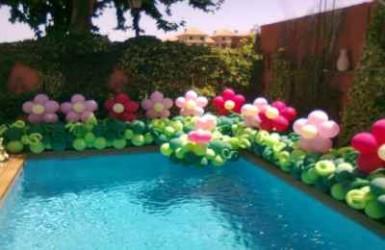 Fiestas con glamour celebraciones fiestas infantiles decoracion con globos 5 fiestas con - Cumpleanos en piscina ...