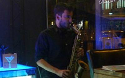 Fiestas con Glamour - Espectaculo Musical Amenización de Cenas Bodas Fiestas Privadas y Eventos en Madrid - Saxofonista Madrid 2