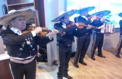 Fiestas con Glamour - organización de Espectáculos Musicales - Grupo de Mariachis para fiestas bodas y eventos en Madrid